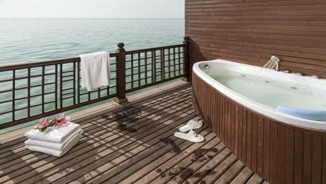هتل دریایی ترنج