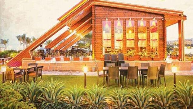 کافه رستوران آبنبات چوبی