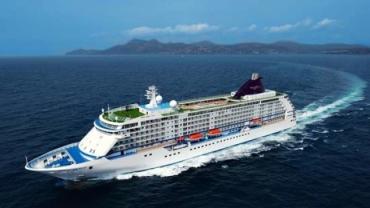 ورود نخستین کشتی کروز به آبهای جزیره کیش