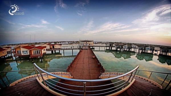 نخستین نخستین هتل دریایی کشور در کیش به بهره برداری رسید