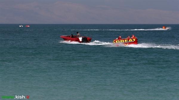 رشد 30 درصدی استقبال گردشگران از تفریحات دریایی و امکانات ورزشی در نوروز95