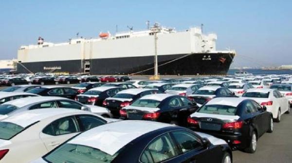 معاون سازمان منطقه آزاد کیش از واردات سالانه ۲۰۰۰ دستگاه خودرو با پلاک جدید و نیز پلاک معوض به منطقه آزاد کیش خبر داد
