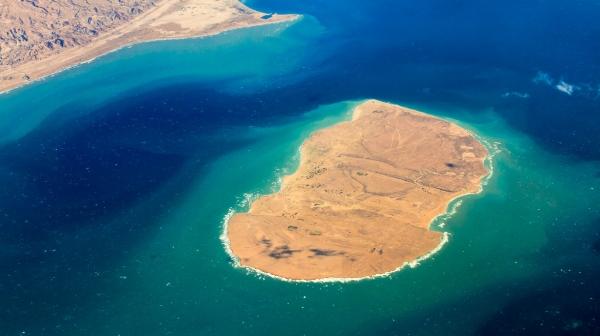 معاون محیط زیست دریایی سازمان حفاظت محیط زیست کشور اقدامات زیست محیطی صورت گرفته در جزیره هندورابی را مثبت ارزیابی کرد
