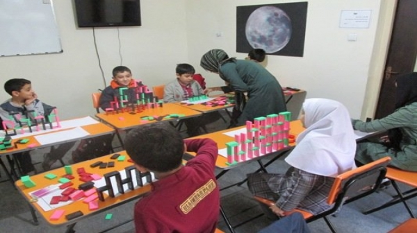 برگزاری مسابقات و بازی های فکری و گروهی در کیش