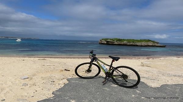 اجرای طرح سامانه هوشمند دو چرخه اشتراکی در جزیره کیش