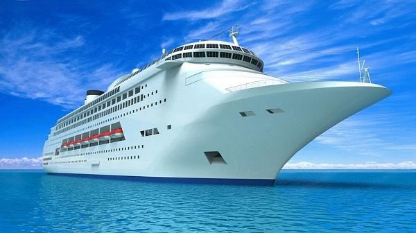 امکان پذیرش کشتی های کروز ۵ ستاره در کیش