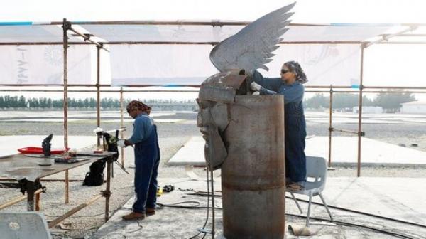 نصب ۱۲ مجسمه در میادین جزیره کیش