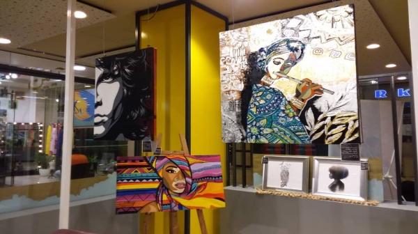 همنشینی موسیقی و عکس و نقاشی در « دامون » کیش