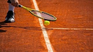پایان رقابت های بین المللی تنیس پیشکسوتان در جزیره کیش