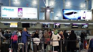 کانترهای غیر مجاز گردشگری در کیش جمع آوری می شوند